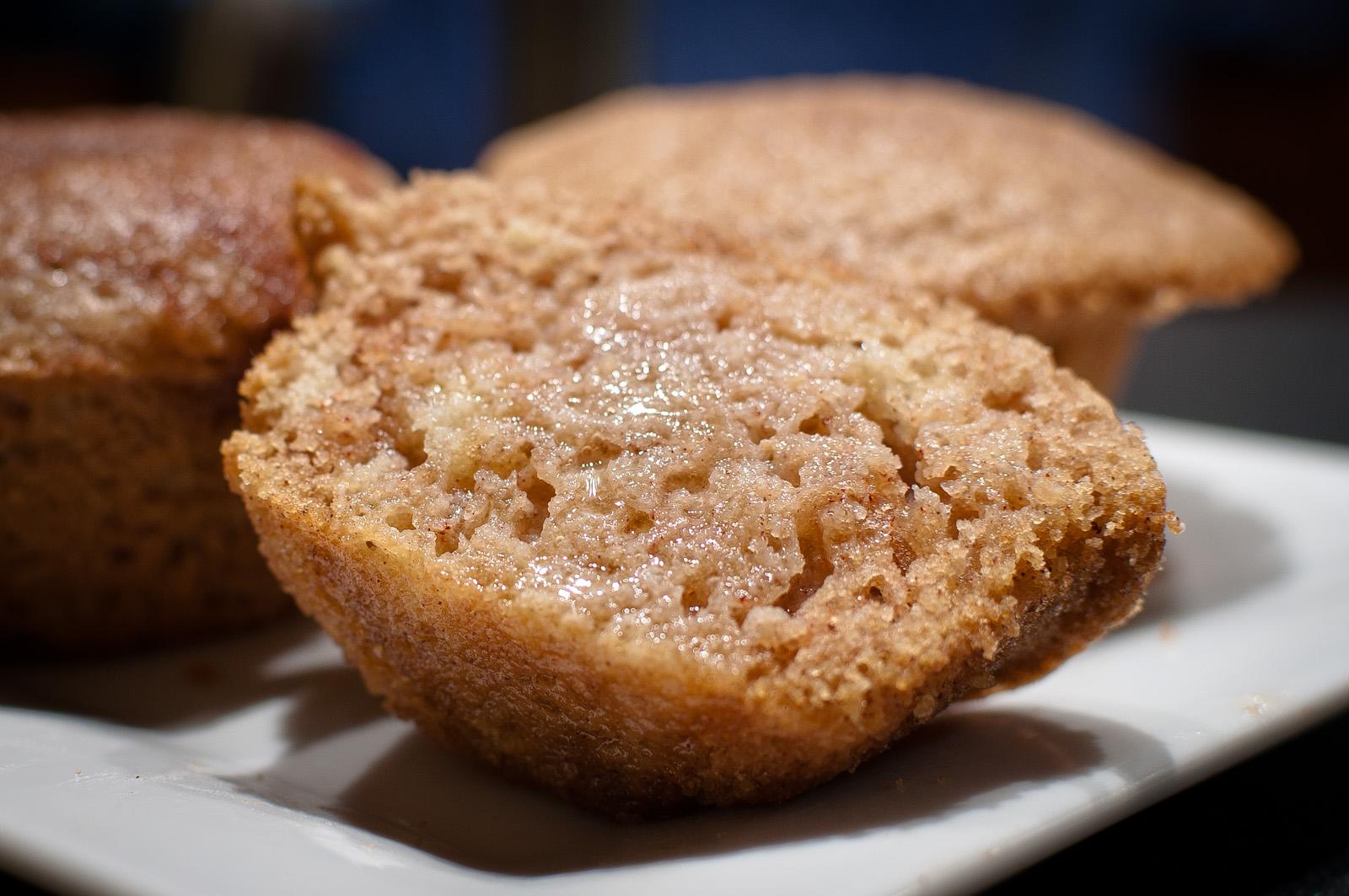 White apron gluten free - Gluten Free Cinnamon Almond Muffins